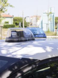 allestimento-esterno-medio-Polizia-Locale-dettaglio-lampeggianti-can-bus-multifunzione-faro-ricerca-celiani-allestimento-veicoli