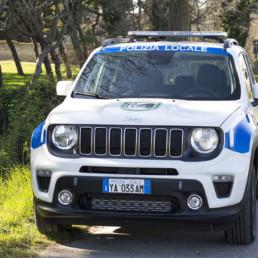 allestimento-esterno-medio-Polizia-Locale-barra-leptos-ultrapiatta-celiani-allestimento-veicoli