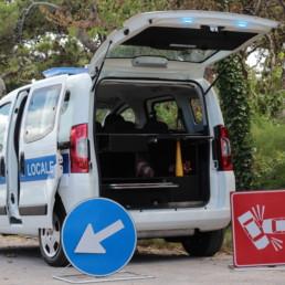 allestimento-interno-top-Polizia-Locale-kit-segnaletica-vano-posteriore-celiani-allestimento-veicoli