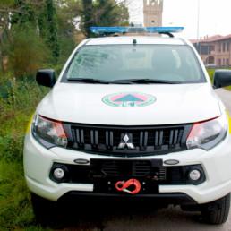 allestimento pick up protezione civile con barra intav e gancio traino celiani allestimento veicoli