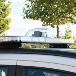 allestimento-esterno-medio-Polizia-Locale-barra-leptos-ultrapiatta-faro-ricerca-celiani-allestimento-veicoli