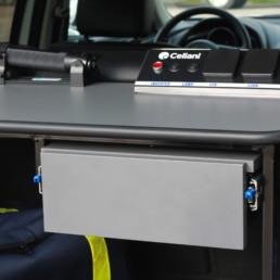allestimento-interno-top-Polizia-Locale-vano-posteriore-cassettiera-portadocumenti-celiani-allestimento-veicoli