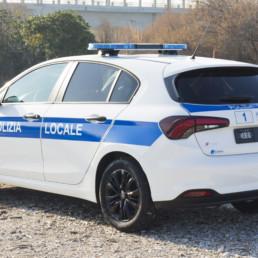 allestimento-esterno-medio-Polizia-Locale-barra-xpert sl-haztec--celiani-allestimento-veicoli
