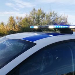 allestimento-esterno-medio-Polizia-Locale-polizia-locale-dettaglio-barra-dettaglio-leptos-intav-luci-frontali-celiani-allestimento-veicoli