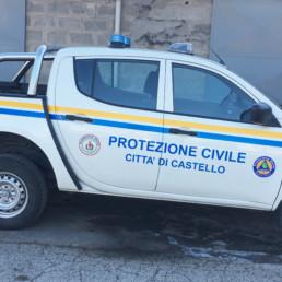 veicoli protezione civile_l200 dettaglio allestimento grafico_celiani allestimento veicoli e forniture